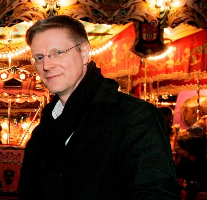 Hannover, Eroeffnung Weihnachtsmarkt, HAZ Weihnachtshilfe ; (Foto Christian Behrens) Veroeffentlichung nur bei Namensnennung und Honorar ! Foto: Christian Behrens Kontakt: 0177-9376876 mail@christianbehrens.de