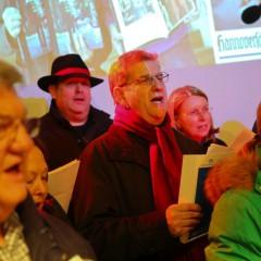 Regionsversammlung singt und sammelt