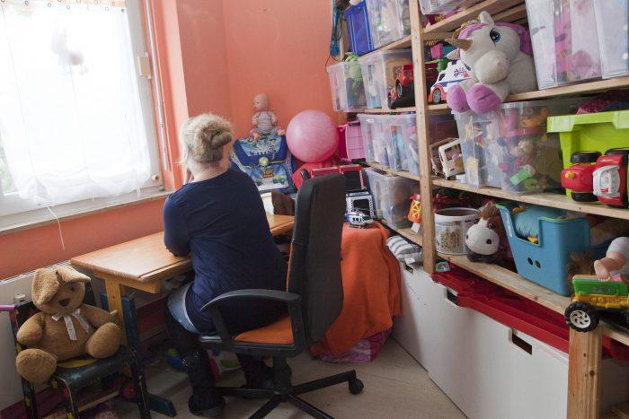 Nathalie P. ist alleinerziehende Mutter von vier Kindern, eins hat das Down-Syndrom. Sie braucht Hilfe. Foto: Samantha Franson