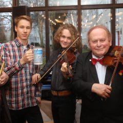 Musik und Gesang helfen Menschen in Not