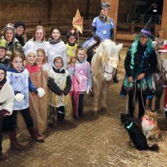 Zum Weihnachtsmärchen kommen auch Trolle und Elfen